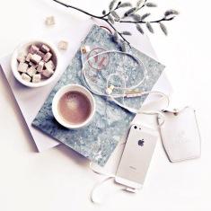 """Bạn đang cần một ý tưởng sáng tạo đột phá? Hãy chọn cho mình một """"Nàng thơ"""" -- blog Nghệ Thuật Viết Quảng Cáo -- ThS. Phan Nguyễn Khánh Đan"""